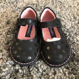 Girls Kid Express Black Suede Velcro Shoes